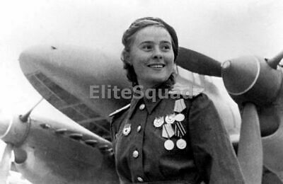 WW2 Picture Soviet fighter pilot Lydia Litvyak First female fighter ace 717