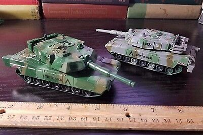 "Lot of 2. Abrams Tank Friction Toy, Camo Diecast Metal 5"". HUI YANG - RI Novelty"
