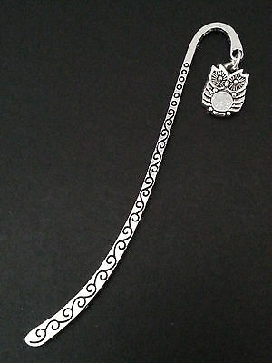 New Collectable Antique Silver Tone Metal Bookmark with Owl Shape Charm