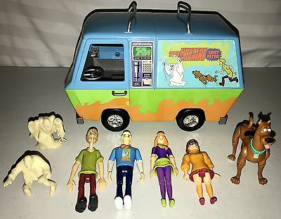 Scooby Doo Mystery Machine Van & 5 Action Figures 2 Monsters Hanna Barbera