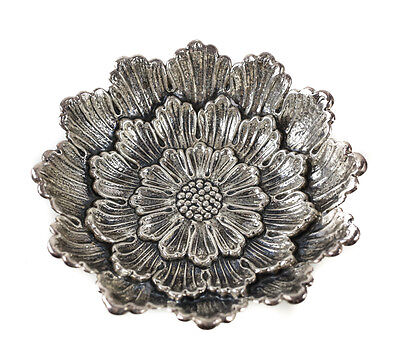 Buccellati Italian Sterling Silver Nut Dish or Bowl, Repousse Dahlia Flower
