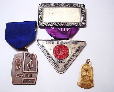 Vintage Lot Of 3 Items 2 Badges - 1 Honor Charm