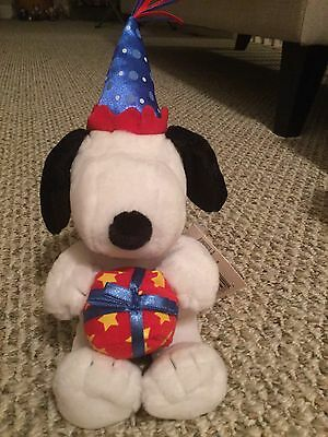 Snoopy Peanuts Hallmark Birthday Plush With Gift And Hat
