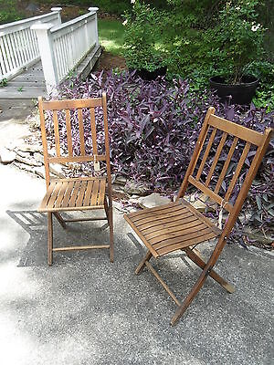 Set of 2 Vintage Oak Folding Chairs LOCAL PICK UP ONLY
