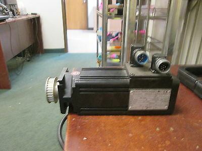 Modicon AC Servomotor BPH0751N5M42CA1 542W 5640RPM 480V 3Ph Used
