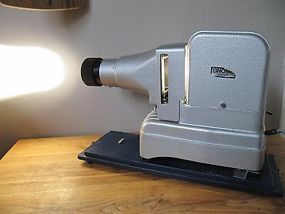Gnome Alphax Major Slide Projector with Case  Photography