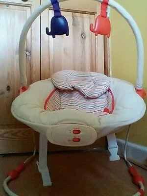 Snuggi Bounce Baby Chair