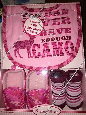 Baby Girls Bib Booty Pink Camo Gift Set Age 6 to 12 Months NEW in Box