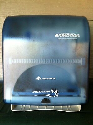 Enmotion  Automatic Touchless Paper Towel Dispenser - Splash Blue