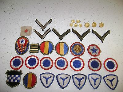 Lot Of World War 2 Uniform Patches And Buttons