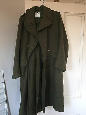 Dunlop NSW 1968 trench coat australian army vintage Size 5