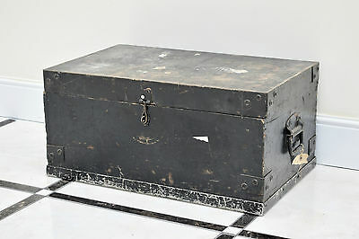 VINTAGE 1950s SMALL WOODEN TRAVEL TRUNK/ TOOL BOX