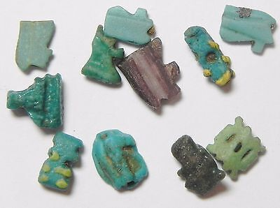 Zurqieh - Af2260- Ancient Egypt. Lot Of 11 Small Amulets. Mostly Faience