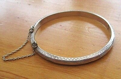Vintage Solid Silver  925 Childs' Bracelet/ Bangle - Hinged With Safety Chain.