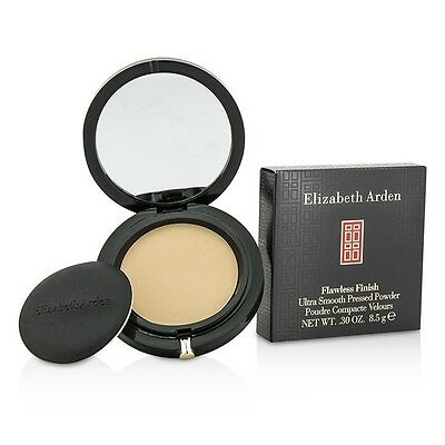 Elizabeth Arden Flawless Finish Ultra Smooth Pressed Powder Medium in Sealed Box