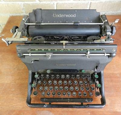 Vintage Underwood Manual Typewriter (1941) With Original Gouldian Finch Ribbons