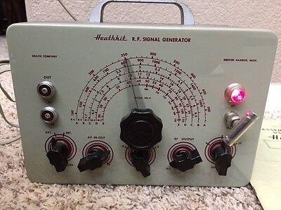 Heathkit model SG-6 R.F. SIGNAL GENERATOR, vintage test equipment, w/ Manual