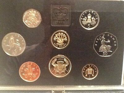 1986 United Kingdom Proof Set, GEM UK Coins, 8 Coins Total, With Case