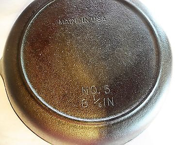 Vintage Cast Iron Made in USA Frying Pan Skillet Unmarked # 5 Seasoned 8 1/6""