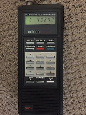 Uniden Bearcat UBC 100XL 16 Channel Scanning Radio With Case