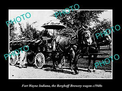 OLD LARGE HISTORIC PHOTO OF FORT WAYNE INDIANA, THE BERGHOFF BREWERY WAGON c1940
