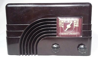 Vintage Northern Electric Waterfall Rainbow Bakelite Tube Radio Baby Champ