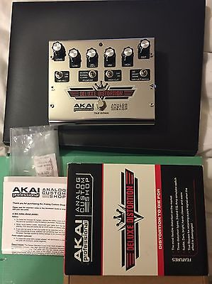 Akai Deluxe Distortion Analog Shop Effects Pedal