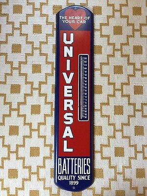 Rare Vintage Universal Batteries Thermometer 1950s Oil Gas Garage Sign Metal Box