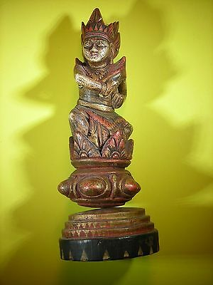 Vintage Carving, Dancing Indonesion, Finely Carved and Painted.