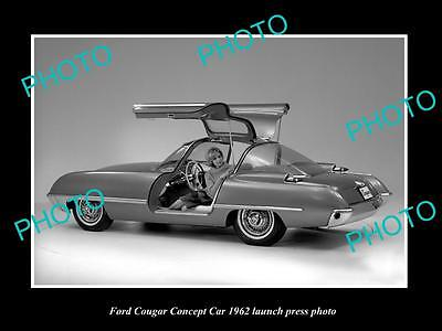 Old Large Historic Photo Of 1962 Ford Couger Concept Car Launch Press Photo 2