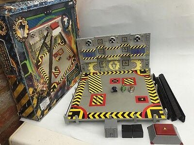 Robot Wars Minibot Arena with Drop Zone and Accessories Boxed BBC Spares