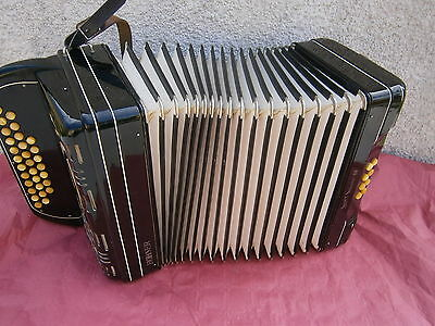 accordeon diatonique super suisse a4 VOIX