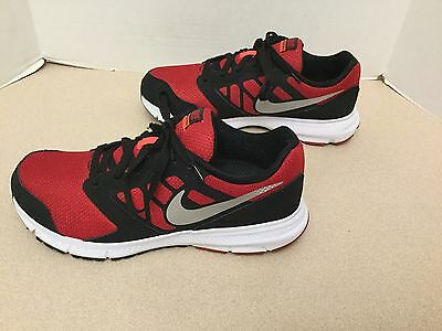 Youth Boys Nike Downshifter 6 Running Shoes. Size 7Y. Great Condition!!!