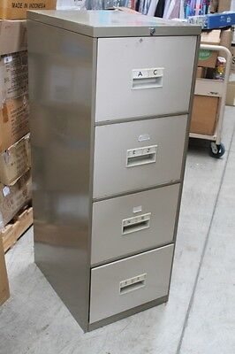 Metal Filing Cabinet, 4 Drawers, Great Condition, Office Furniture organisation.