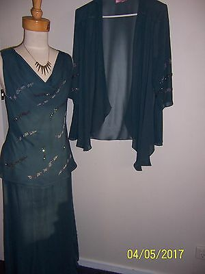 Womens 3 Piece Skirt Top And Jacket Size 14