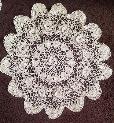 Beautiful Vintage Crochet Lace Table Mat With Raised Flowers