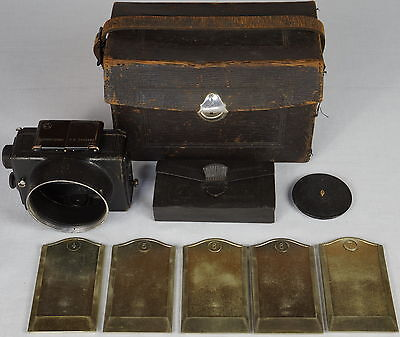 Zeiss Ernemann Ermanox 4.5 x 6cm camera body with accessories