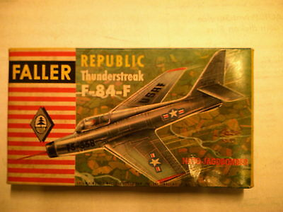 Faller 1:100 / HO   Republic Thunderstreak   F-84-F    Baujahr : 1957