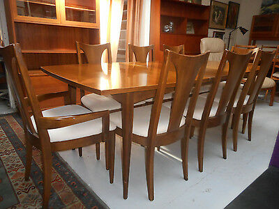 Mid Century Danish Modern Broyhill Sculptra Walnut Dining Table 1 Leaf 8 Chairs