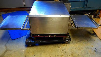 Lincoln Impinger Model: 1301 - Electric Countertop Conveyor Pizza Oven, 208v