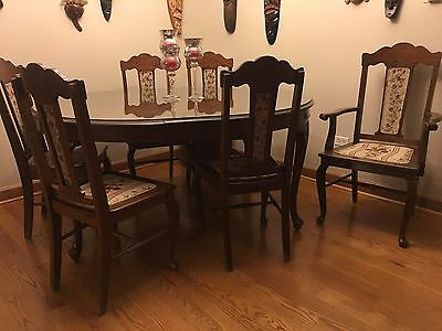 Antique 1920's Restored Dining Room Table And Chairs