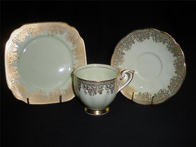 Stunning Porcelain Trio Queen Anne 4322 England Green
