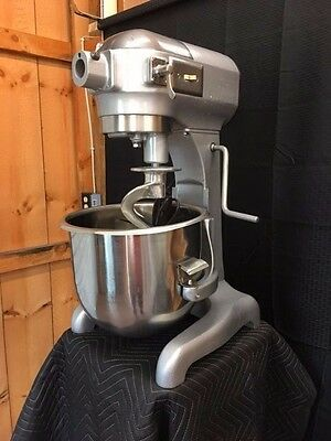 Hobart A200 20qt Dough/Bakery Mixer **Excellent** 110Volt W/SSbowl & Attachment