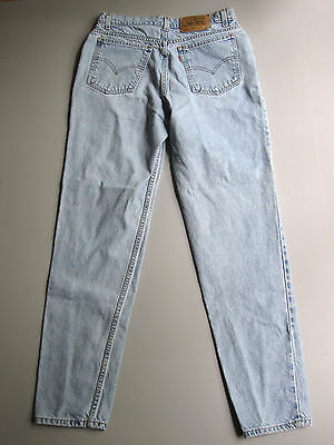 Vintage Levi's High Waisted Mom Jeans Slim Fit Tapered 13 Light Wash Blue 31""