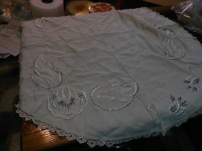 """Vintage beige linen tablecloth with hand embroidery and crochet edges, 36"""" L05"""