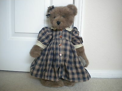 """Collectible Boyds' Bear The Archive Series LTD  Eugenia #1364 1990-95 16"""""""