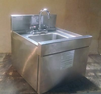"Glastender DHSA-18 Deluxe Underbar Hand Sink Wall Hung 18""W x 19""D Stainless"