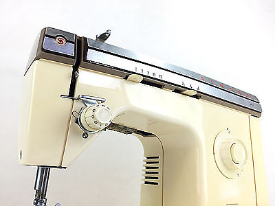Singer 377 Heavy Duty Metal Zigzag Straight Stitch Sewing Machine Denim Clothes