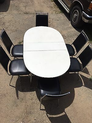 1950's Retro Vintage Oval Table And Chairs