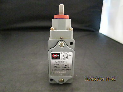 NEW CUTLER-HAMMER  10316H18D  LIMIT SWITCH 600V.MAX.